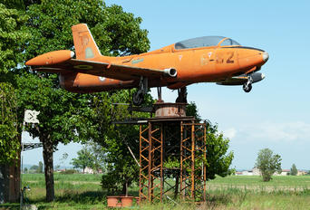 MM54165 - Italy - Air Force Aermacchi MB-326
