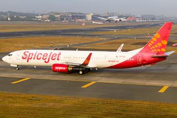 VT-SZL - SpiceJet Boeing 737-900ER