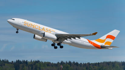 OY-VKF - Sunclass Airlines Airbus A330-200