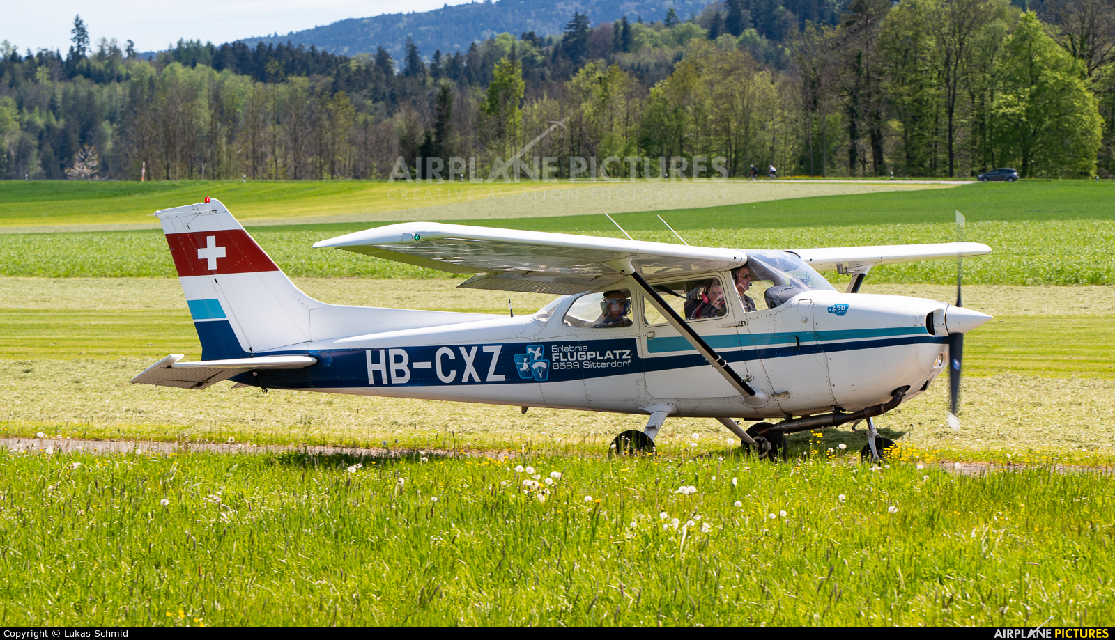 Private HB-CXZ aircraft at Off Airport - Switzerland