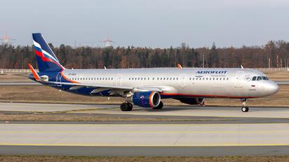 VP-BAX - Aeroflot Airbus A321
