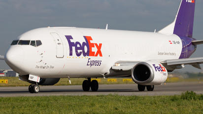 OE-IAP - FedEx Federal Express Boeing 737-400F