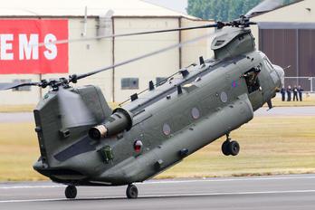 ZA675 - Royal Air Force Boeing Chinook HC.2