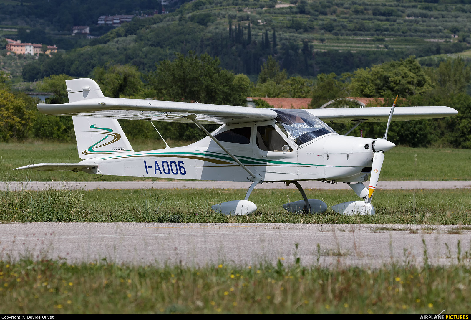 Private I-A006 aircraft at Verona - Boscomantico