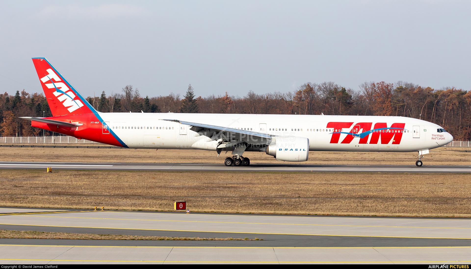 TAM PT-MUF aircraft at Frankfurt