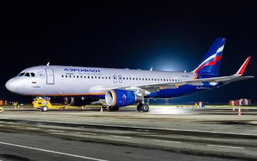 VQ-BST - Aeroflot Airbus A320