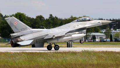 4069 - Poland - Air Force Lockheed Martin F-16C block 52+ Jastrząb