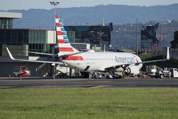 N910NN - American Airlines Boeing 737-800