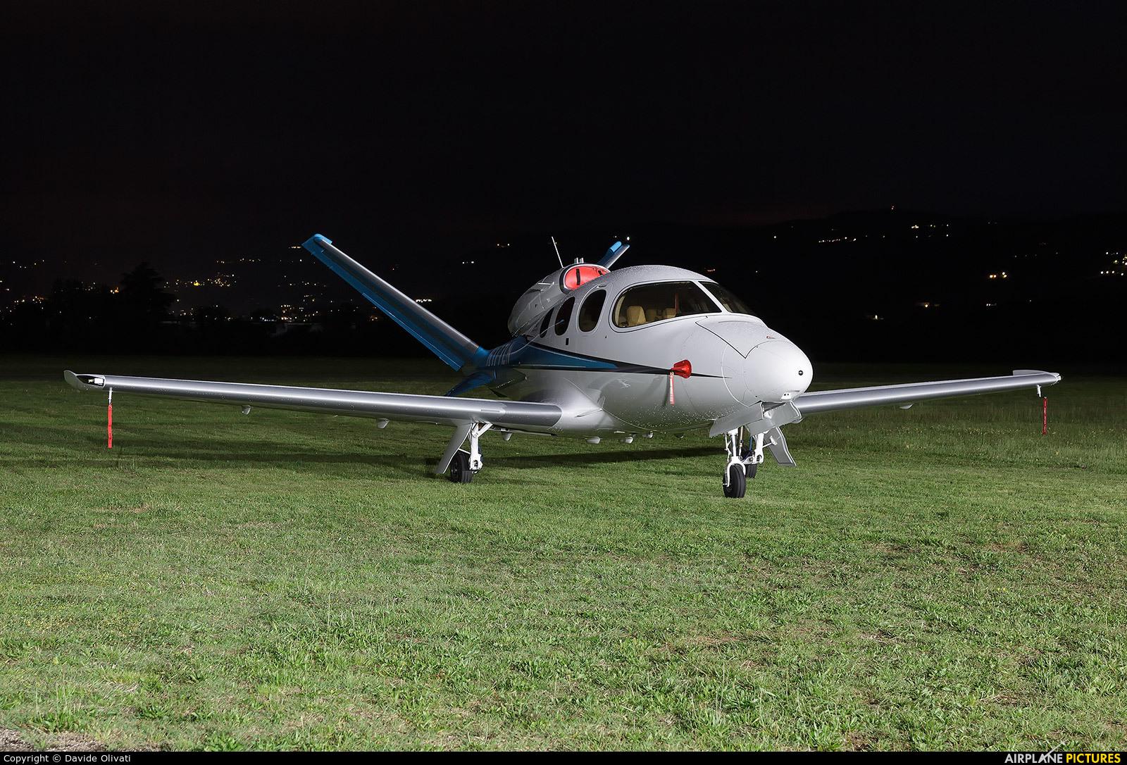 Private N177LN aircraft at Verona - Boscomantico