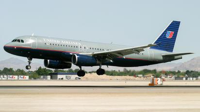 N461UA - United Airlines Airbus A320