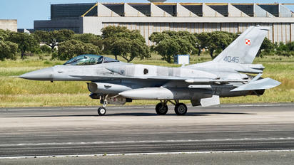 4045 - Poland - Air Force Lockheed Martin F-16C block 52+ Jastrząb