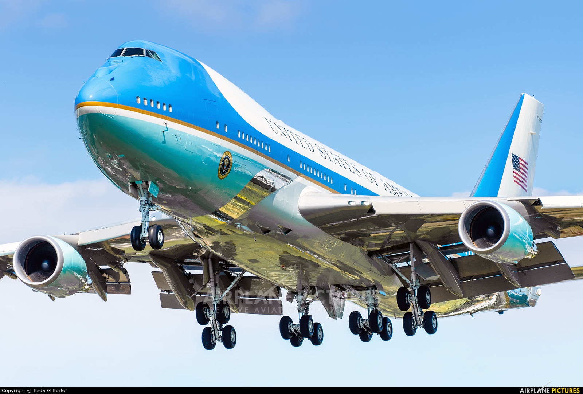 USA - Air Force 82-8000 aircraft at London - Heathrow