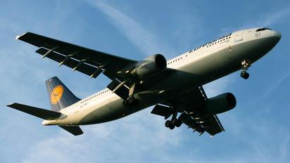 D-AIAL - Lufthansa Airbus A300