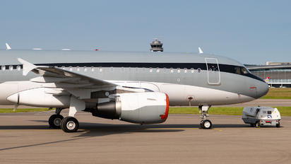 P4-MIS - Global Jet Luxembourg Airbus A319 CJ