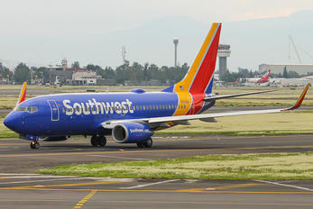 N910WN - Southwest Airlines Boeing 737-700