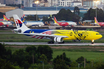 9M-MTG - Malaysia Airlines Airbus A330-300