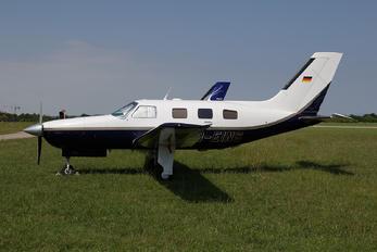 D-EINS - Private Piper PA-46 Malibu / Mirage / Matrix