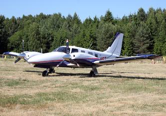 SP-NST - Private Piper PA-34 Seneca