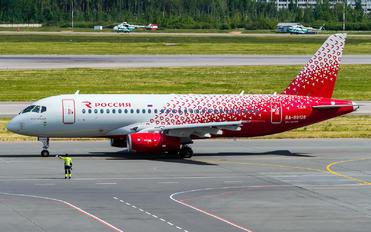 RA-89128 - Rossiya Sukhoi Superjet 100