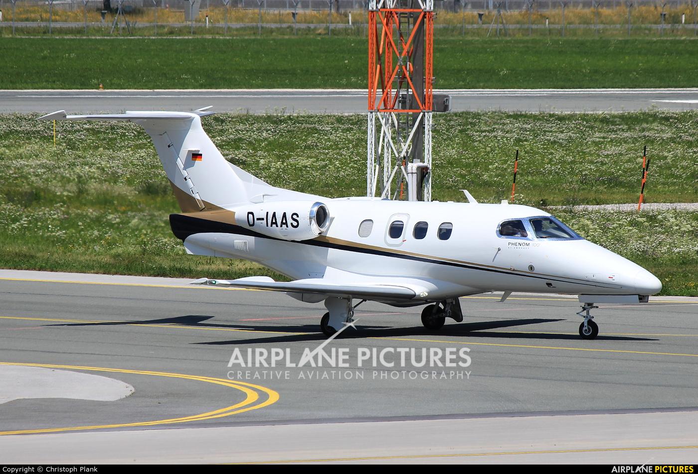 Arcus Air D-IAAS aircraft at Innsbruck