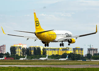 UR-UBD - Bees Airline Boeing 737-800