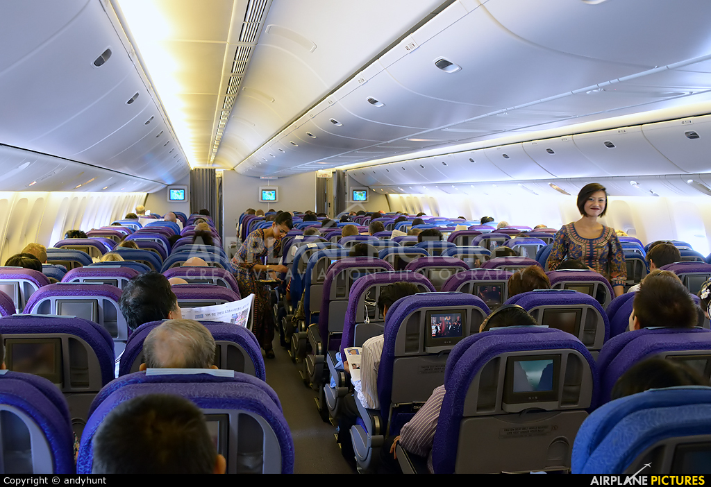Singapore Airlines 9V-SRK aircraft at In Flight - International