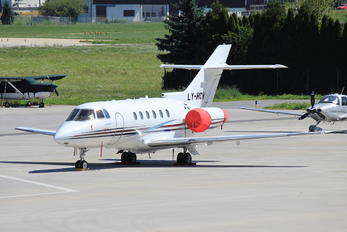 LY-HCW - Charter Jets Hawker Beechcraft 800XP