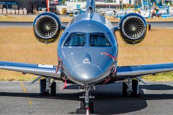 N1Y - Private Embraer EMB-550 Legacy 500