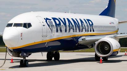 SP-RKW - Ryanair Sun Boeing 737-8AS