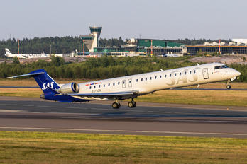 ES-ACG - SAS - Scandinavian Airlines Canadair CL-600 CRJ-900
