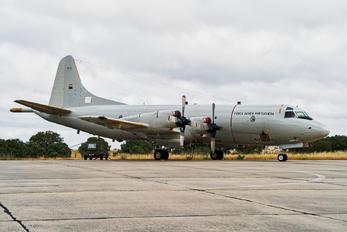 14810 - Portugal - Air Force Lockheed P-3A Orion