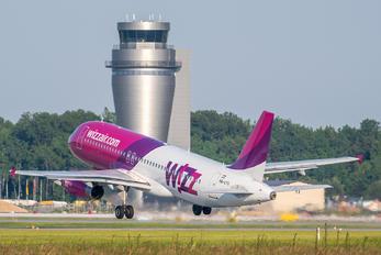 HA-LYV - Wizz Air Airbus A320