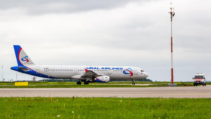 VQ-BGY - Ural Airlines Airbus A321