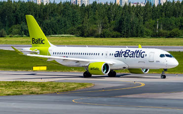 YL-AAW - Air Baltic Airbus A220-300