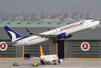 TC-SCF - AnadoluJet Boeing 737-800