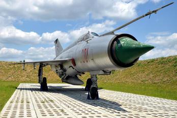 2001 - Poland - Air Force Mikoyan-Gurevich MiG-21M