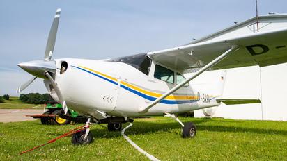 D-EASM - Private Cessna 182 Skylane (all models except RG)