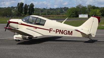F-PNGM - Private Jodel DH251