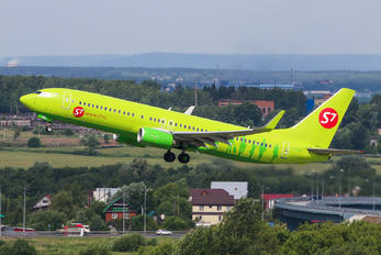 VQ-BRK - S7 Airlines Boeing 737-800
