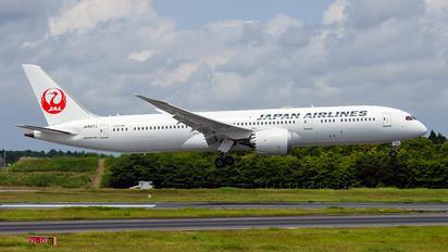 JA867J - JAL - Japan Airlines Boeing 787-9 Dreamliner