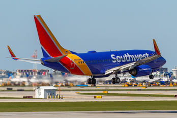 N942WN - Southwest Airlines Boeing 737-700