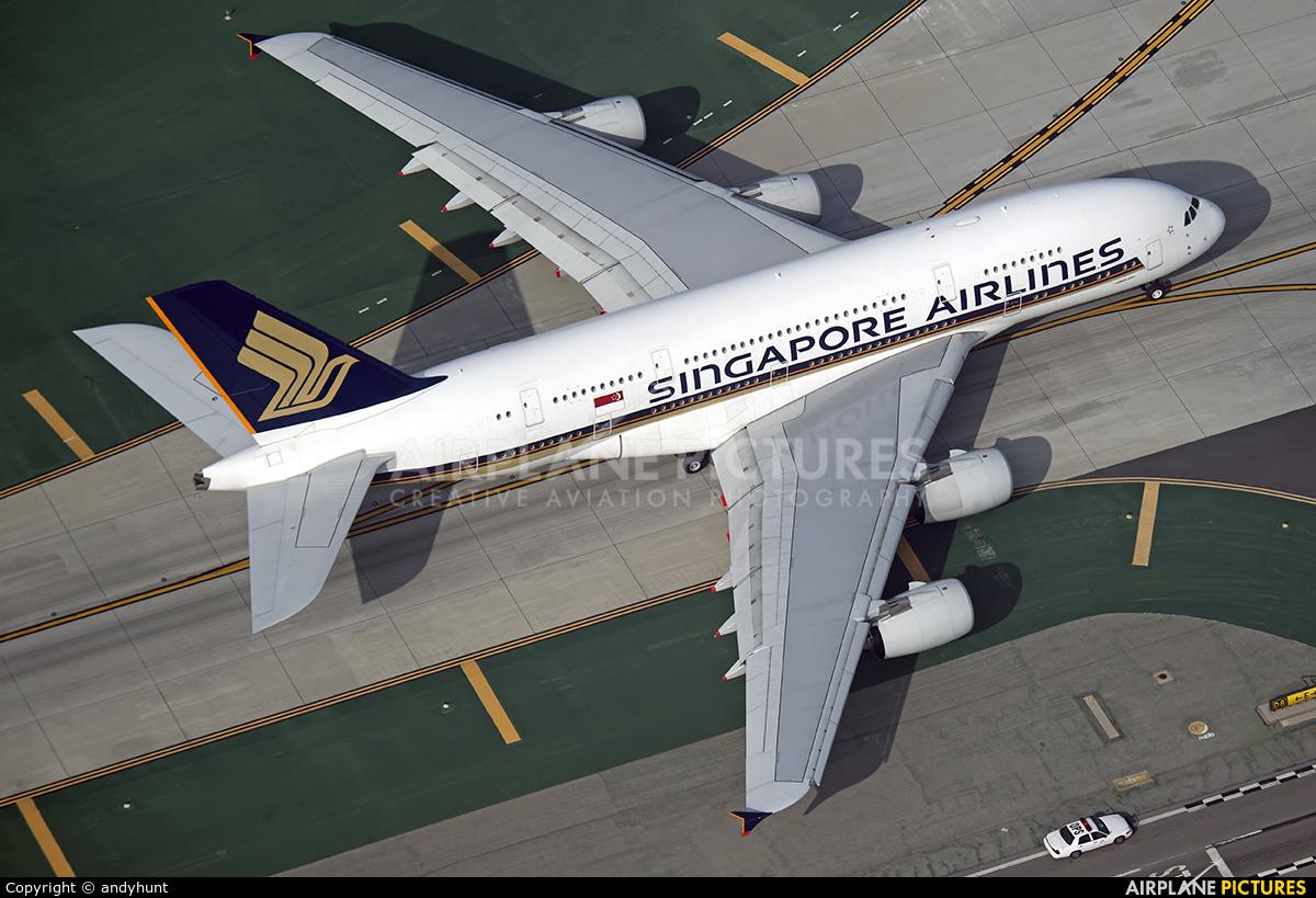 Singapore Airlines 9V-SKQ aircraft at Los Angeles Intl