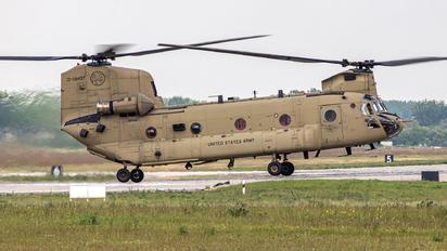 13-08437 - USA - Army Boeing CH-47F Chinook