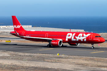 TF-AEW - Fly Play Airbus A321 NEO
