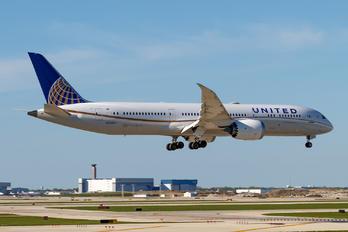 N24973 - United Airlines Boeing 787-9 Dreamliner