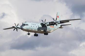10255 - China - Air Force Shaanxi Y-9