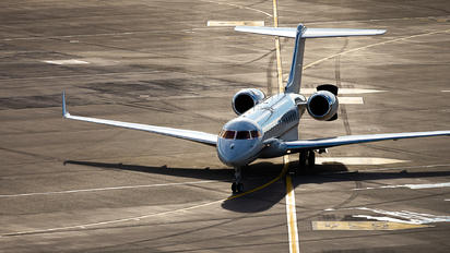 M-LWSG - Private Bombardier BD-700 Global 6000