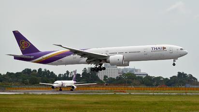 HS-TKH - Thai Airways Boeing 777-300ER