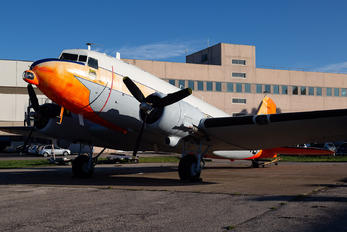 MM61893 - Italy - Air Force Douglas DC-3