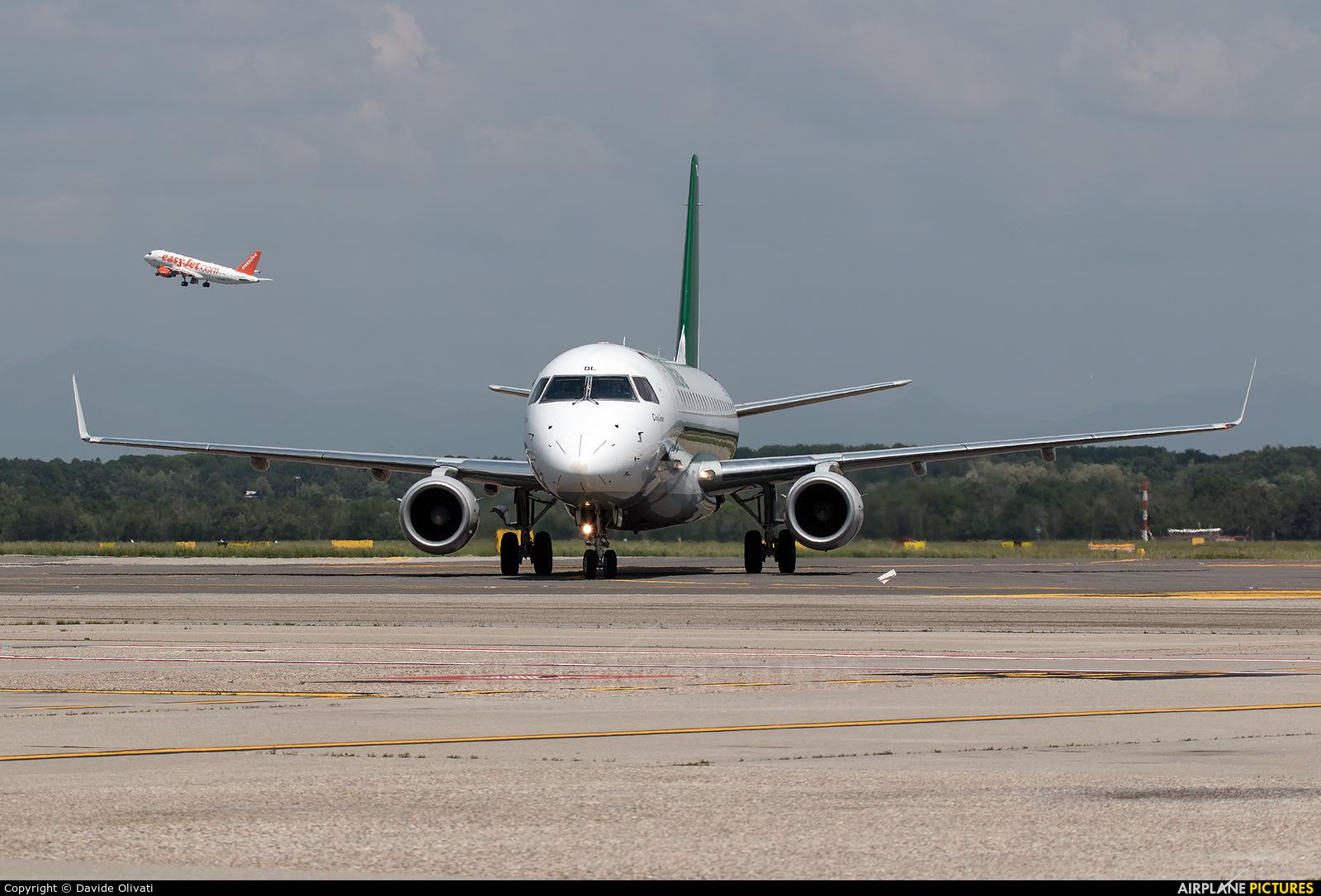 Alitalia EI-RDL aircraft at Milan - Malpensa